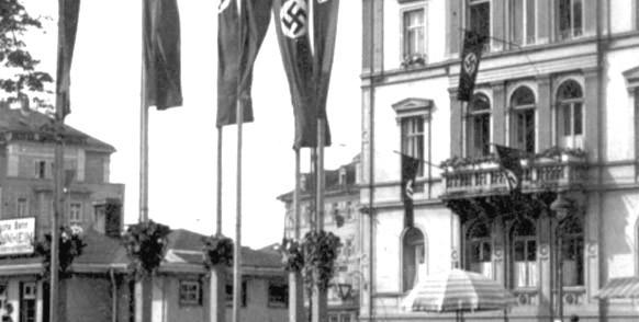 Blick vom Heidelberger Hauptbahnhof im Jahr 1938. Bild: Catherine Louise KauffmanMd6778 (https://commons.wikimedia.org/wiki/File:HeidelbergHBf38.jpg?uselang=de). Lizenz: CC BY SA 3.0 (https://creativecommons.org/licenses/by-sa/3.0/deed.de)
