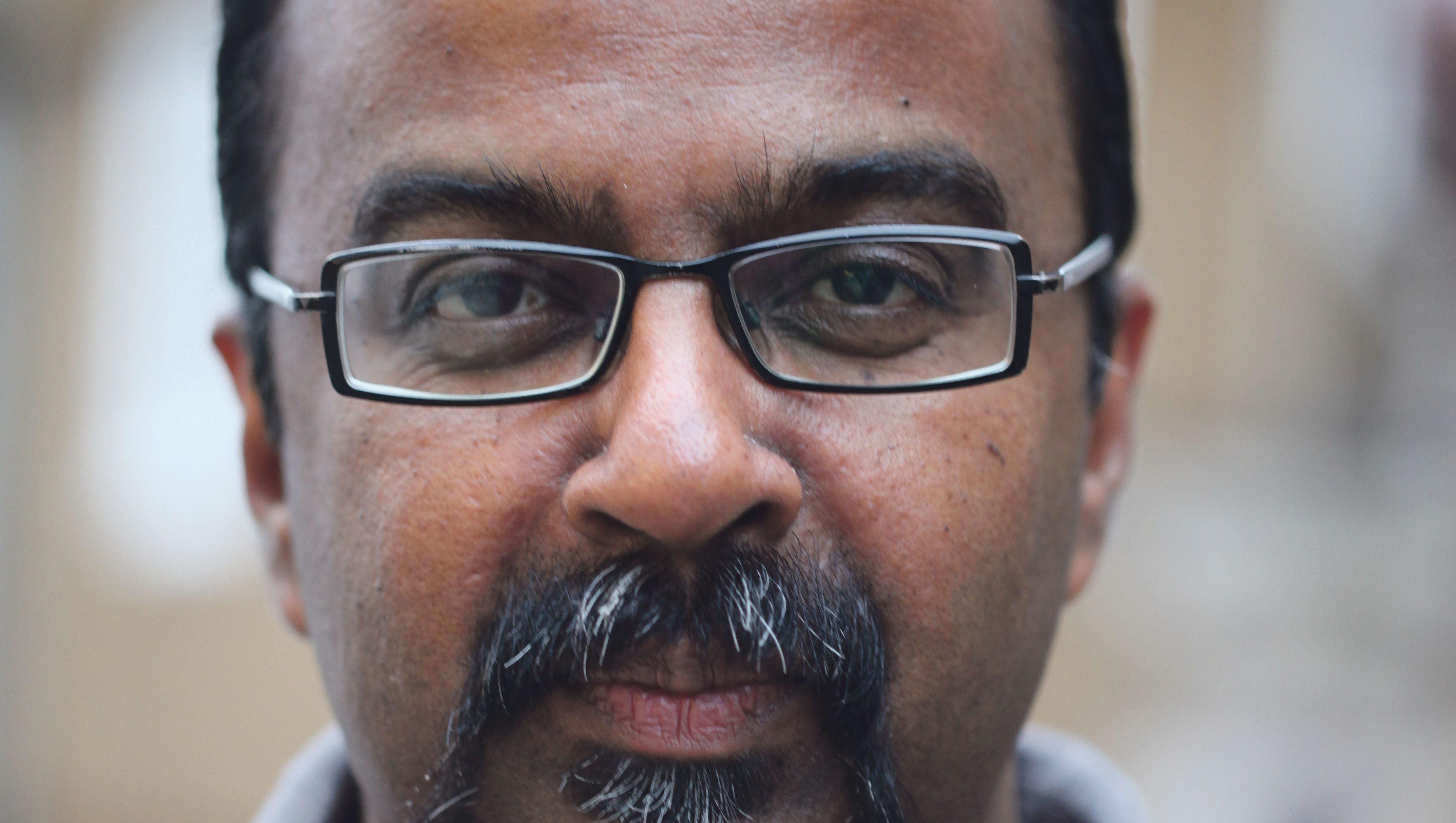 Abeywardena wurde wegen seiner kritischen journalistischen Berichte bedroht. Foto: Simone Ahrend, sah-photo