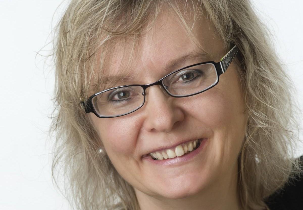 Anke Schuster: Leitet die SPD-Fraktion im Heidelberger Gemeinderat und ist Hochschullehrerin an der SRH. Bild: Privat