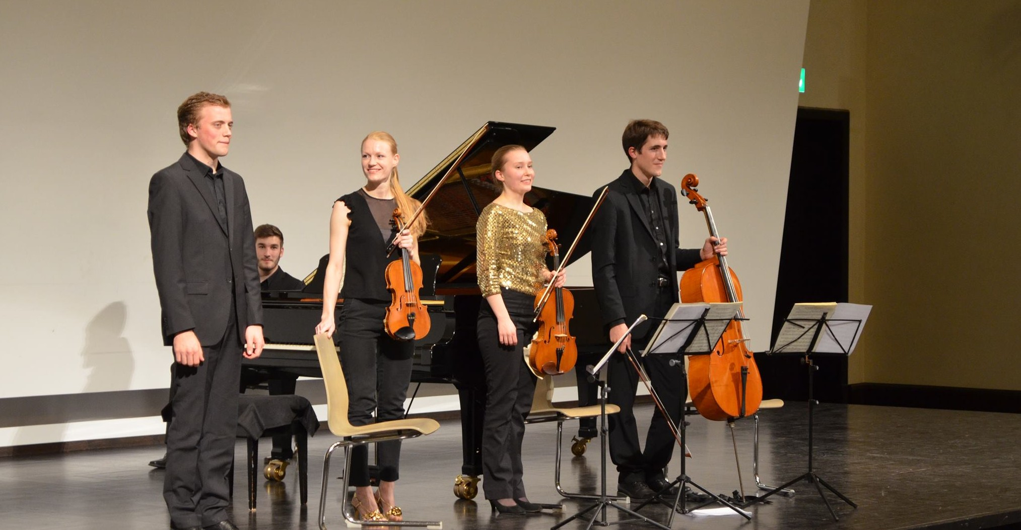 Philipp, Tabea, Johanna und David (v.l.n.r.) genießen ihren Applaus. Bild: privat