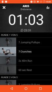 Mit Anleitungsvideos: So wird man durch das Workout geleitet. Quelle: Screenshot, Freeletics bodyweight App.