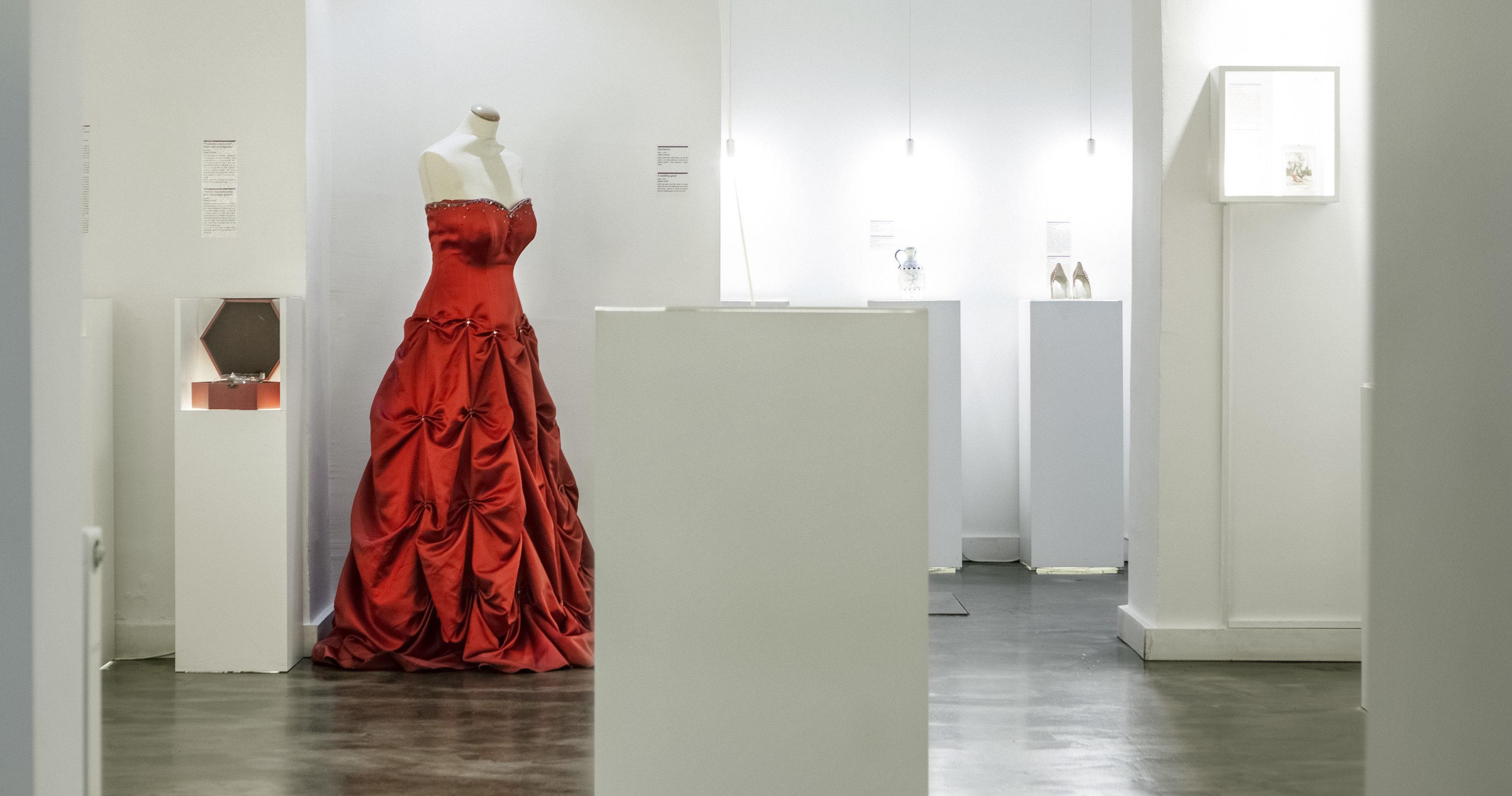 Im Museum of Broken Relationships werden Erinnerungsstücke kommentiert gezeigt. Foto: 2nd Zagreb display_by Mare Milin