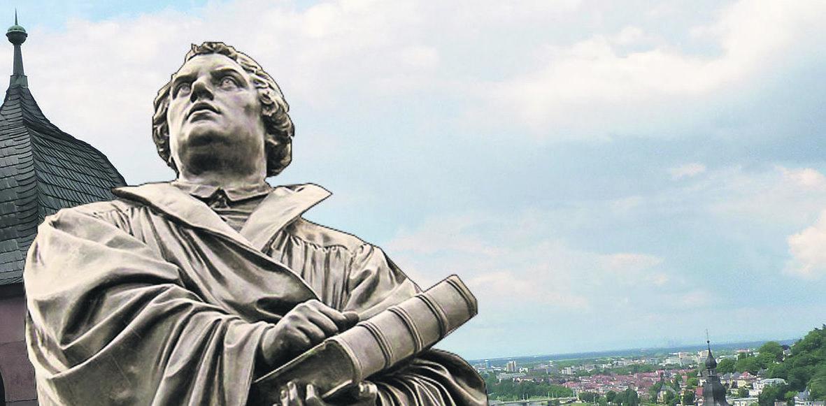Durch die Reformation wurde die Heiliggeistkirche eine evangelische Kirche Montage: Johanna Famulok