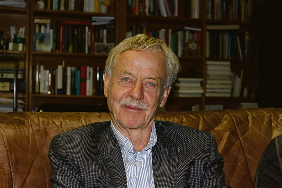 Bei seinem Vortrag im DAI Heidelberg sprach Rudolf Jaeuscg über Stammzellen und Epigenetik. Bild: Niklas Gerberding