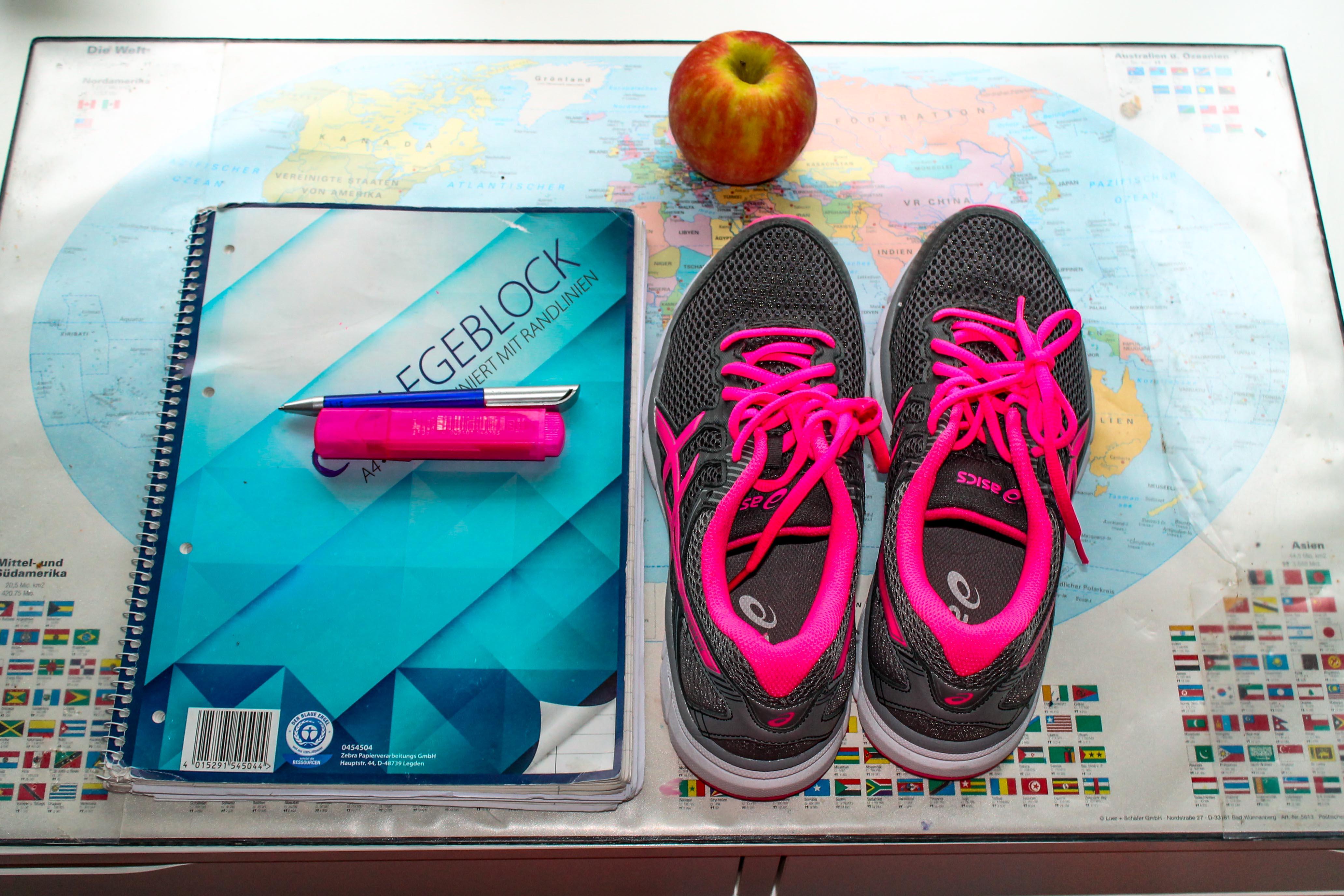Sport und Obst sorgt für Vitalität in der Klausurenphase. Bild: Sophie Müller