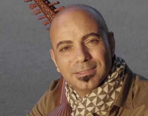 Moneim Adwan mit seiner Oud, einer arabischen Laute, trat als Teil eines klassischen Crossover-Trios in der Jesuitenkirche au. Bild: Heidelberger Frühling