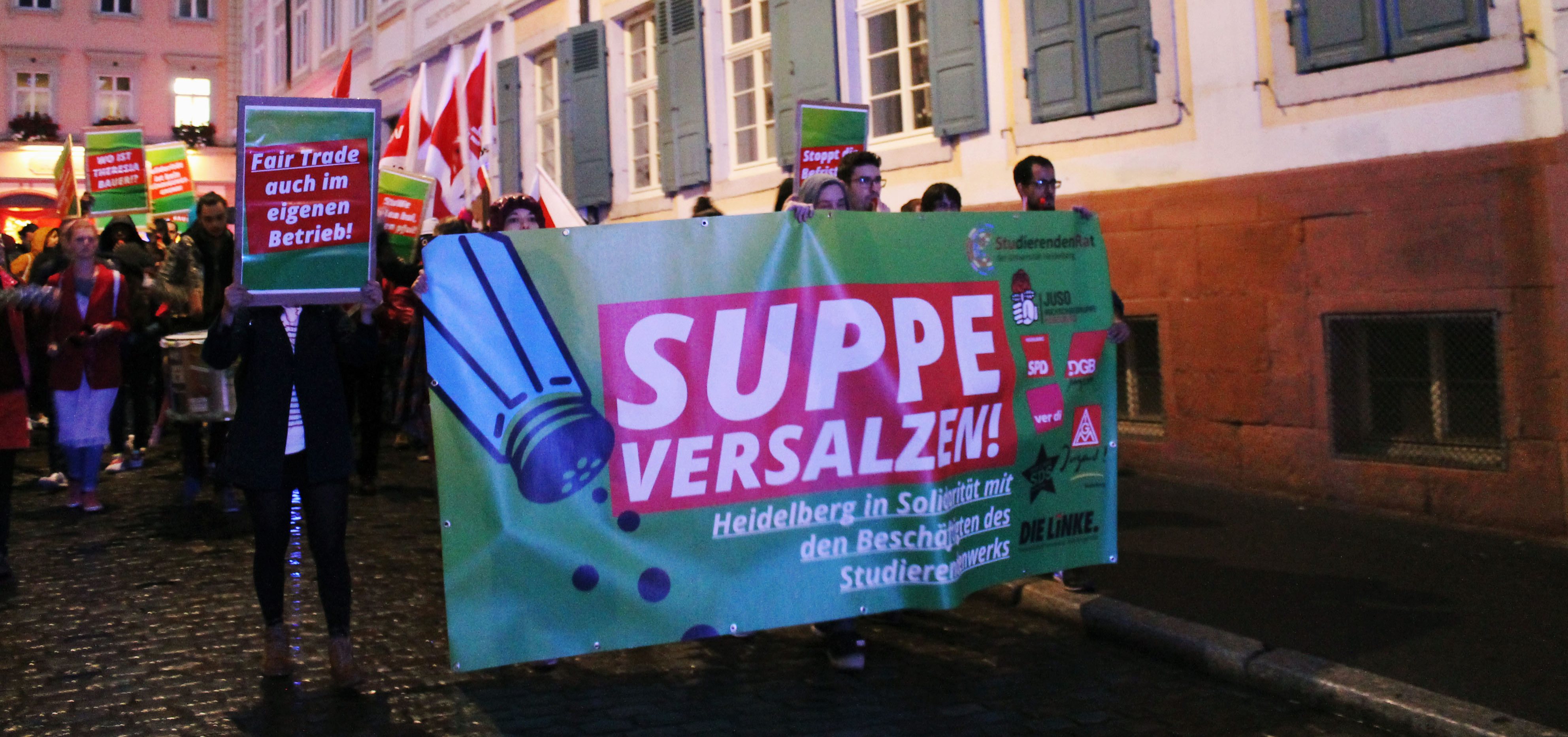 """Suppe versalzen!"""