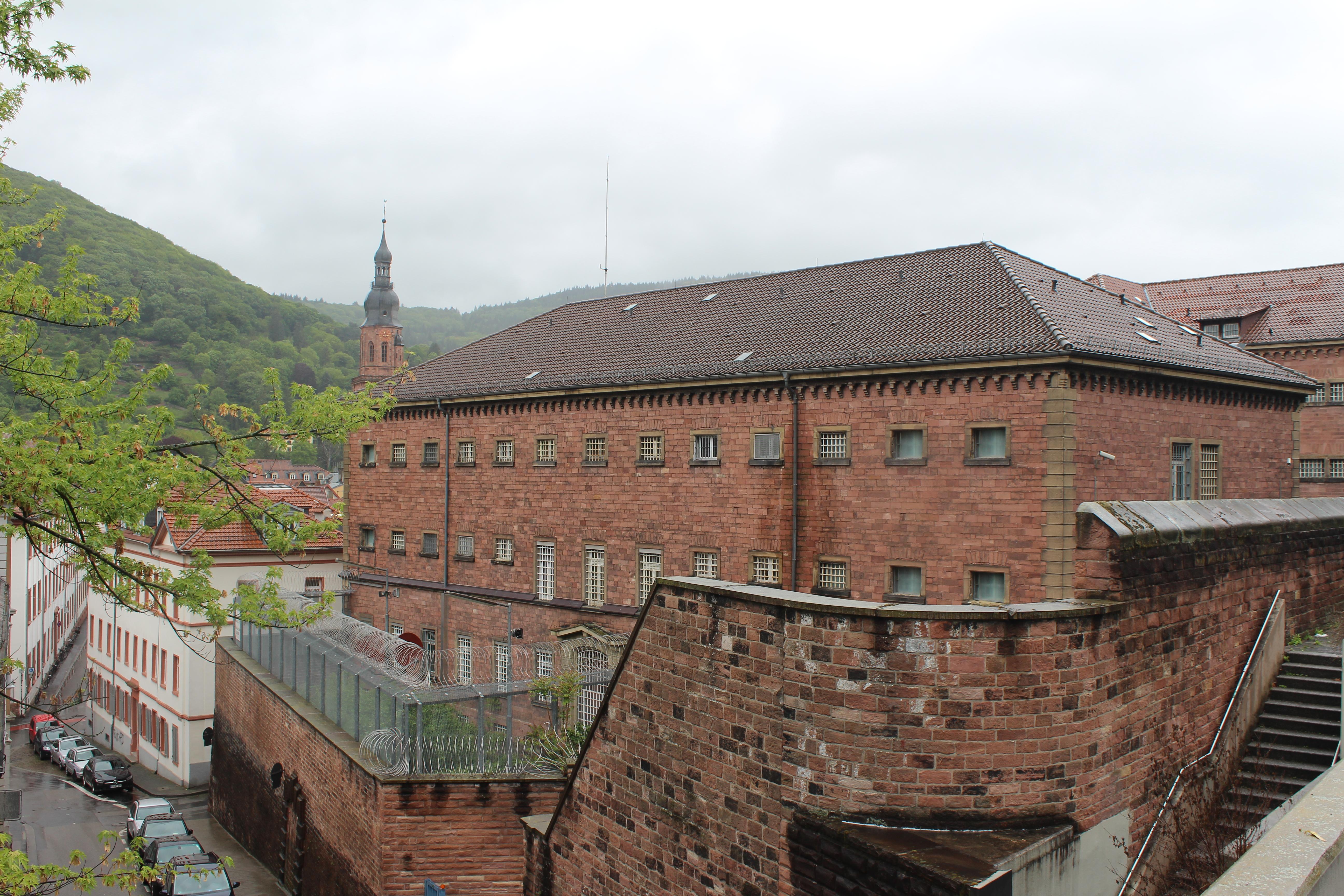 """Bis zum Jahr 2015 wurde der """"Faule Pelz"""" als Gefängnis genutzt. Foto:  Selina Demtröder"""