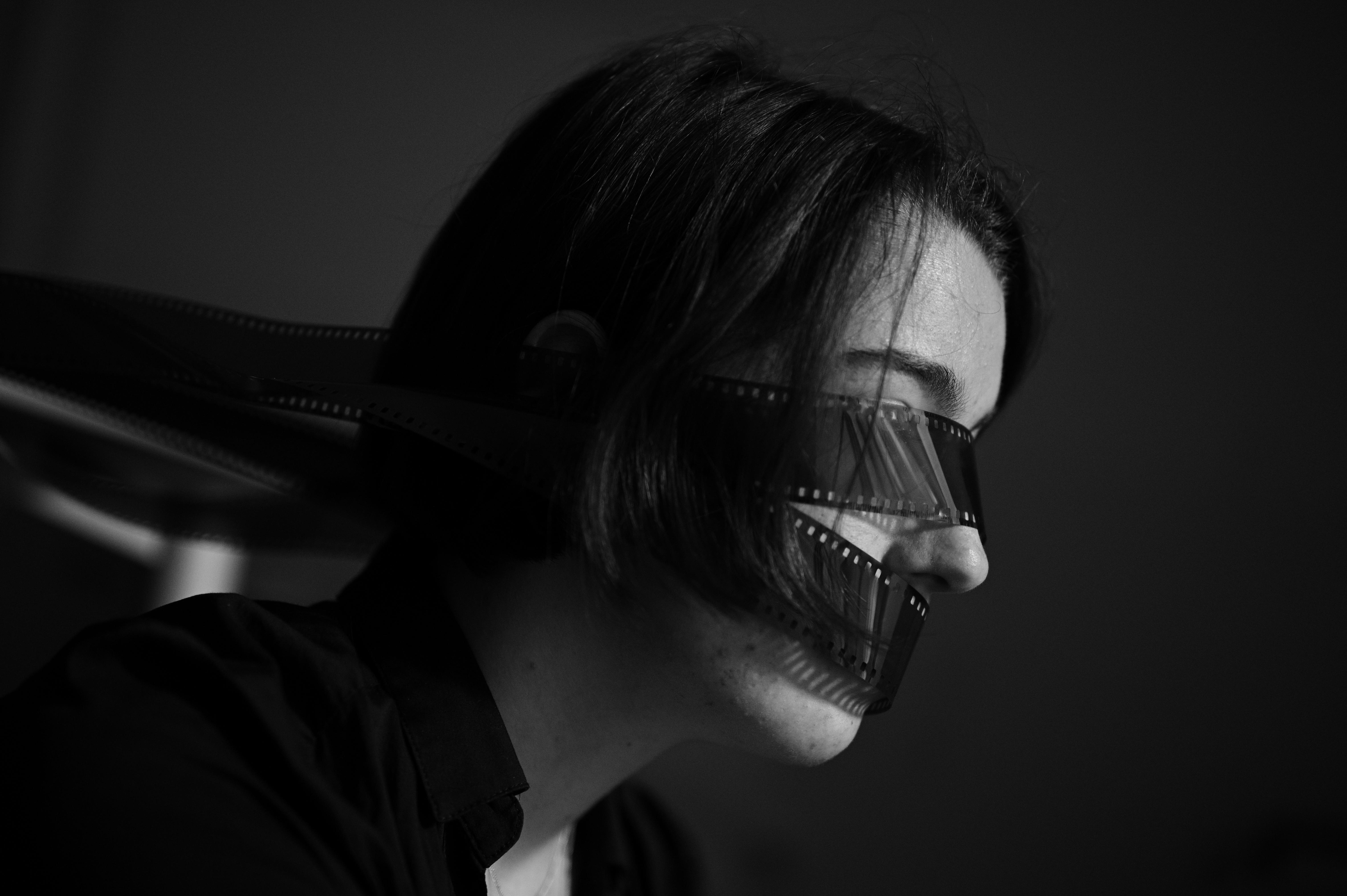 Gefesselt von der Vergangenheit, gestresst von der Gegenwart und kein Blick auf die Zukunft. Foto: Nicolaus Niebylski