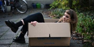 Menschen lassen sich leider nur schwer in Umzugskartons lagern. Foto: Nicolaus Niebylski