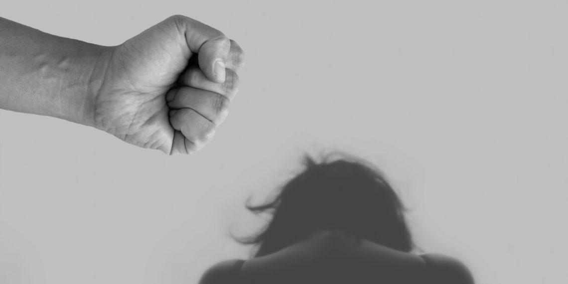 Viele Frauen in Deutschland leiden unter häuslicher Gewalt. Bild: Pxfuel