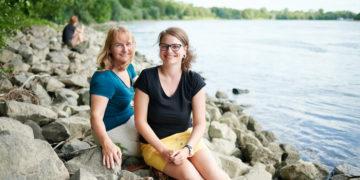 Heide und Charlotte wollen mehr Feminismus an die Uni bringen. Foto: Nicolaus Niebylski