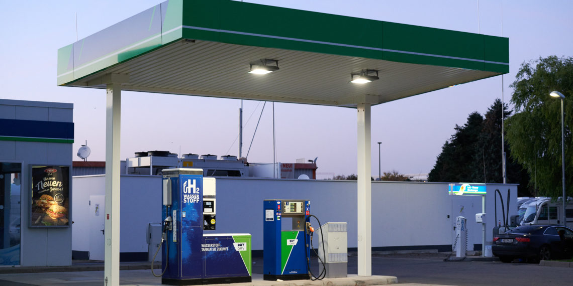 Erst 2020 in Betrieb genommen: Die Heidelberger Wasserstofftankstelle in der Speyerer Straße. Foto: Nicolaus Niebylski