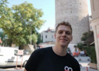 Der UHQ-Gründer Korki im Interview mit dem ruprecht. Foto: Korki.