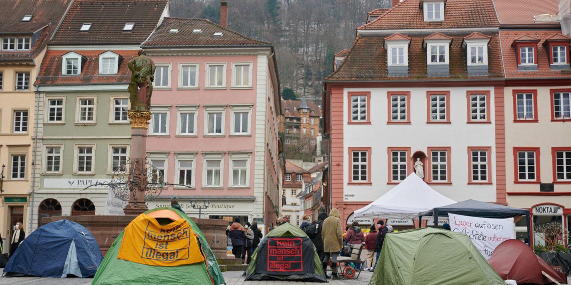 Das Protestcamp vor dem Heidelberger Rathaus. Foto: Nicolaus Niebylski