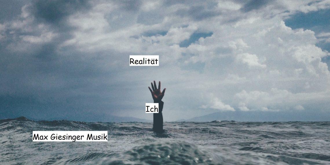 Zwischen Max Giesinger und der Realität. Foto: Hannes Huß